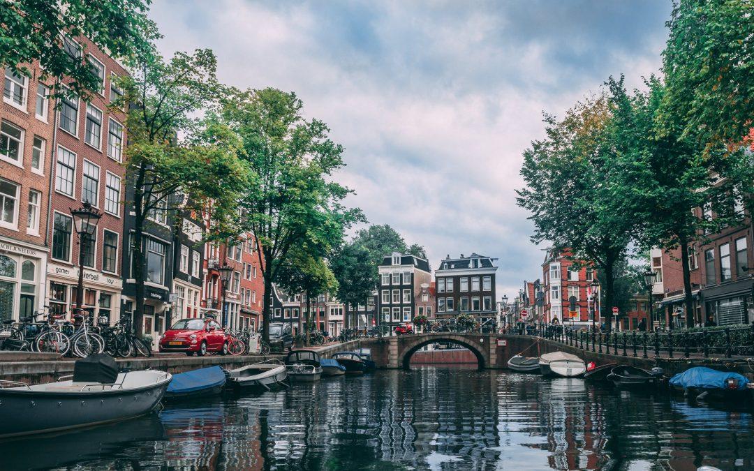 Het bevindt zich in het meest noordelijke deel van Nederland.